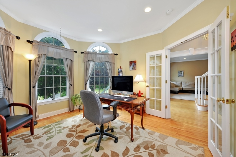 Additional photo for property listing at 8 BAILEY FARM Road  Union, New Jersey 08867 United States
