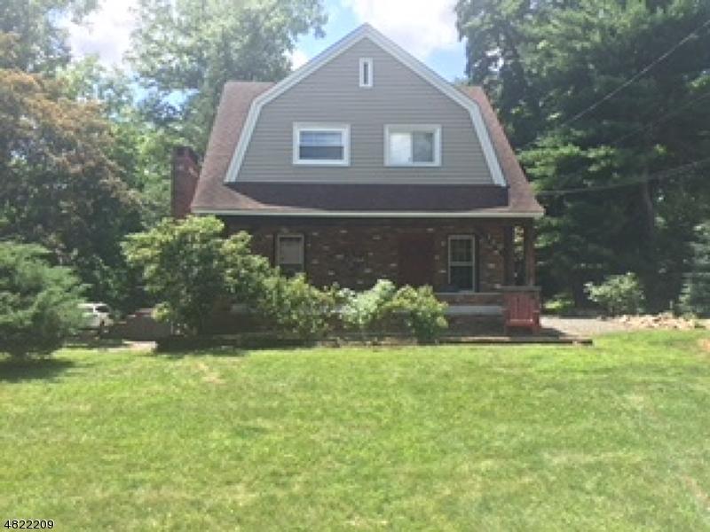 Частный односемейный дом для того Аренда на 149 HILLSIDE Avenue Allendale, Нью-Джерси 07401 Соединенные Штаты