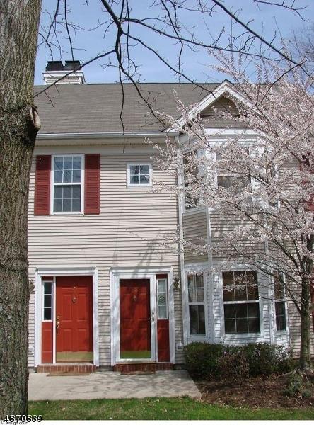 Condo / Townhouse pour l à louer à 57 WAUGH Court Bridgewater, New Jersey 08807 États-Unis