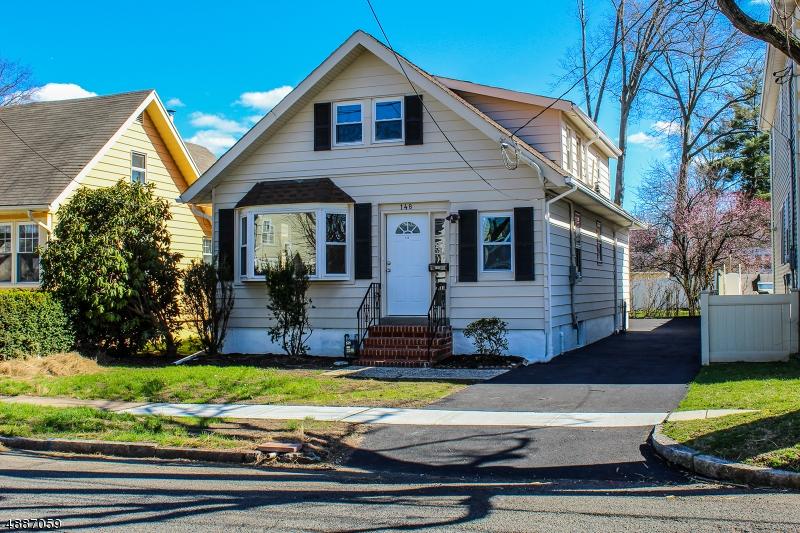 Single Family Homes 為 出售 在 Roselle Park, 新澤西州 07204 美國