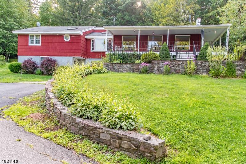 Single Family Homes pour l Vente à Sandyston, New Jersey 07826 États-Unis