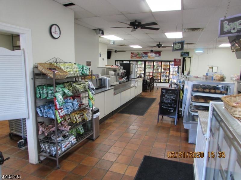 Thương mại vì Bán tại Califon, New Jersey 07830 Hoa Kỳ