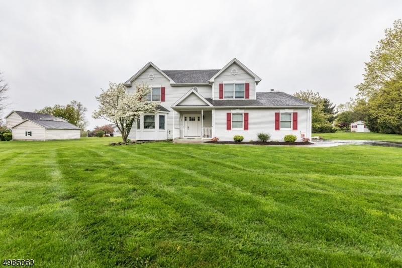 Single Family Homes 为 销售 在 Lopatcong, 新泽西州 08865 美国