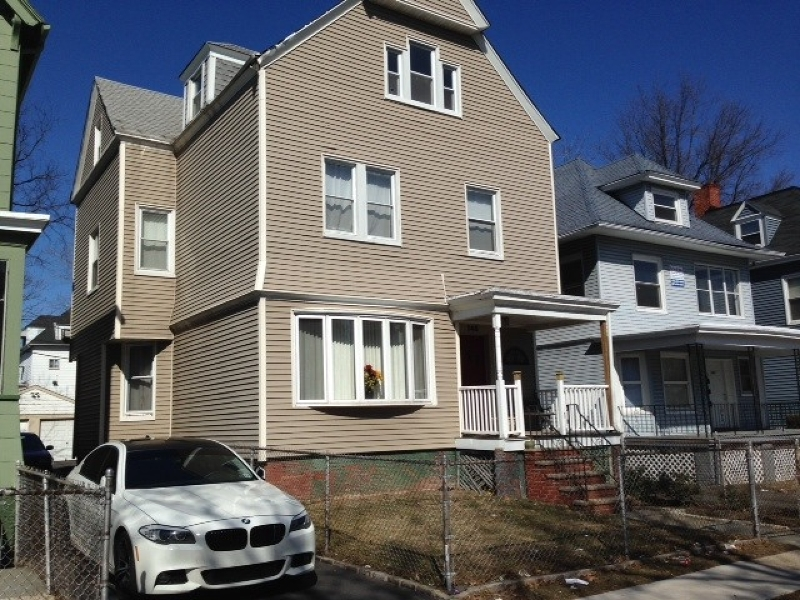 Additional photo for property listing at 145 Hollywood Avenue  East Orange, New Jersey 07018 États-Unis