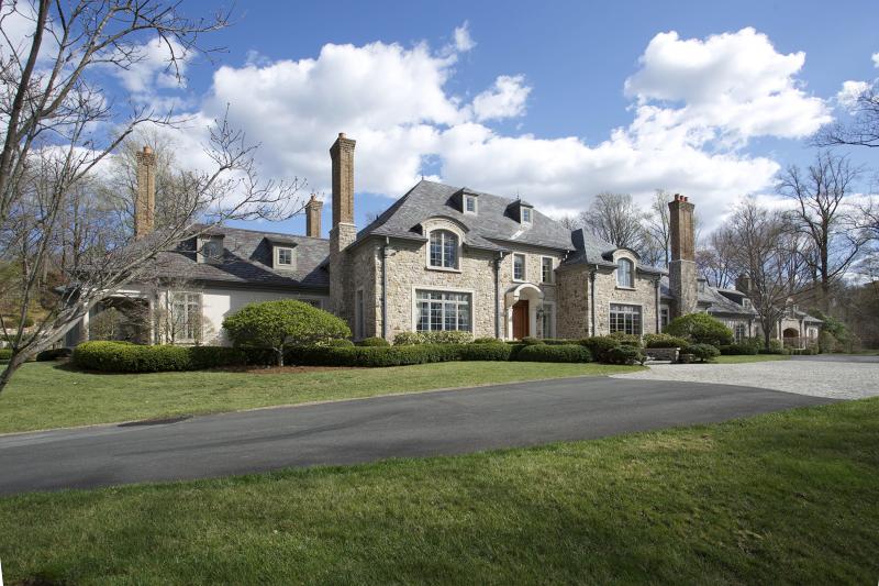 独户住宅 为 销售 在 4 Stevens Road 门德汉姆, 07945 美国