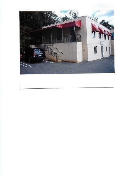 Commercial for Sale at 255 Broad Street Summit, New Jersey 07901 United States