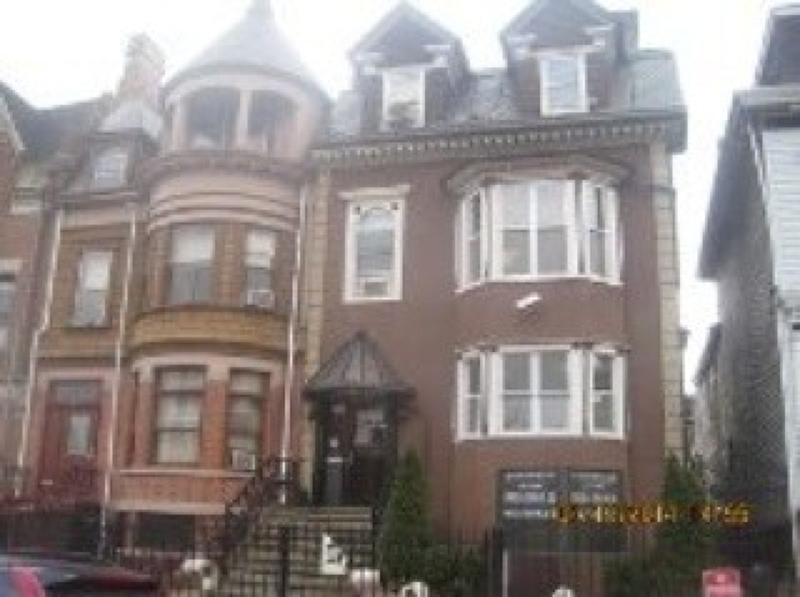 Commercial for Sale at Address Not Available Newark, New Jersey 07114 United States