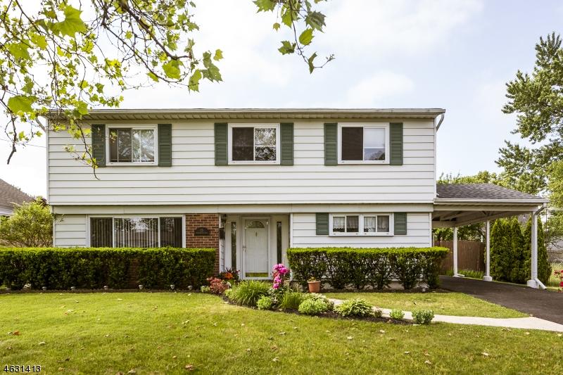 Casa Unifamiliar por un Venta en 13 Stoneybrook Drive Old Bridge, Nueva Jersey 08857 Estados Unidos