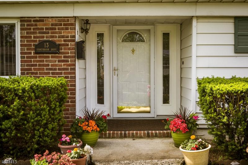 Additional photo for property listing at 13 Stoneybrook Drive  Old Bridge, Nueva Jersey 08857 Estados Unidos
