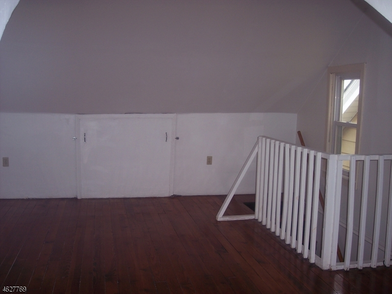 Additional photo for property listing at 134 Summit Avenue  Phillipsburg, New Jersey 08865 États-Unis