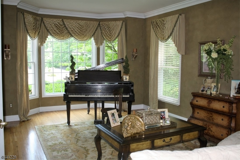 Additional photo for property listing at 14 Angelo Drive  Sparta, New Jersey 07871 États-Unis