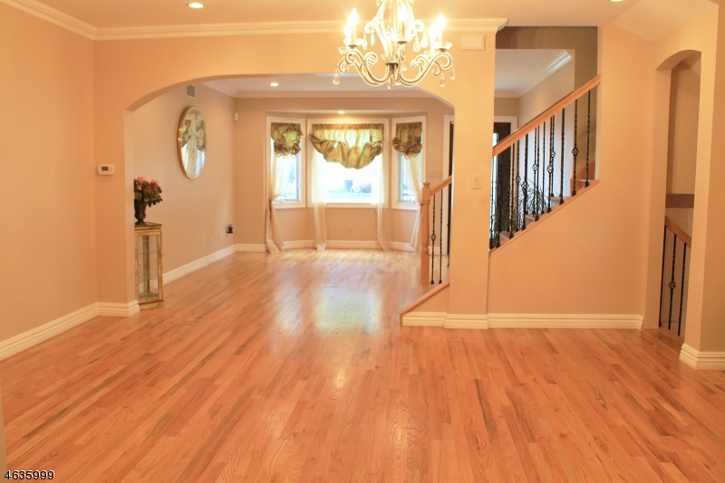 Additional photo for property listing at 494 Malcolm Road  Union, New Jersey 07083 United States