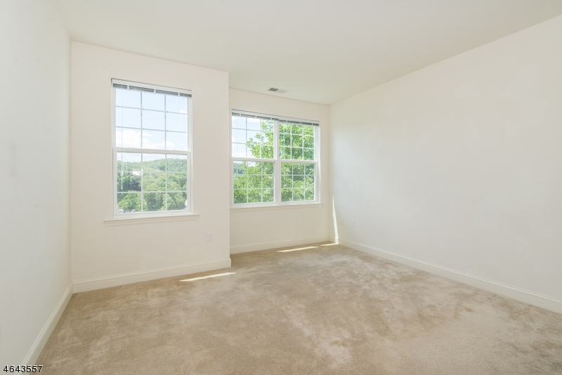 Additional photo for property listing at 4109 Ramapo Court  Riverdale, New Jersey 07457 United States