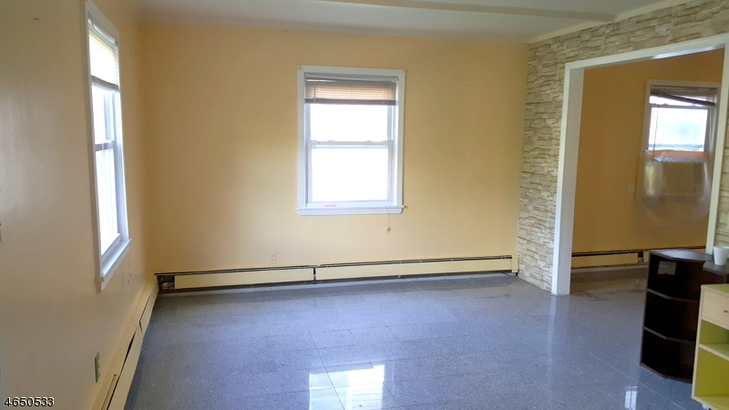 Additional photo for property listing at 21 Franklin Avenue  Montclair, New Jersey 07042 United States