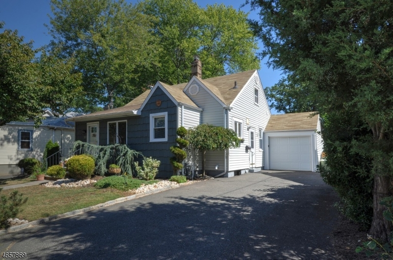 Additional photo for property listing at 20 Pallant Avenue  Linden, New Jersey 07036 États-Unis