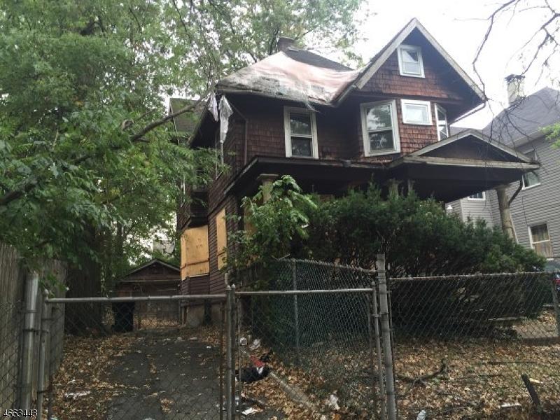 独户住宅 为 销售 在 607-09 E 7TH Street 平原镇, 新泽西州 07060 美国