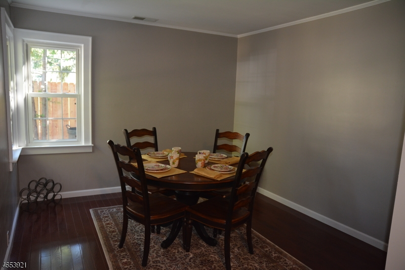 Additional photo for property listing at 20 Larsen Lane  Lincoln Park, Nueva Jersey 07035 Estados Unidos
