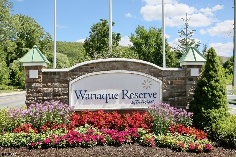Single Family Home for Sale at 4107 Warrens Way Wanaque, 07465 United States