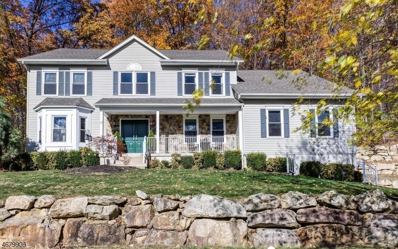 Casa Unifamiliar por un Venta en 14 Mountain Avenue Flanders, Nueva Jersey 07836 Estados Unidos