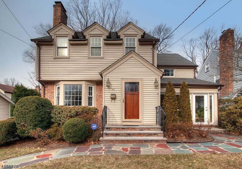 独户住宅 为 销售 在 41 Headley Place Maplewood, 07040 美国
