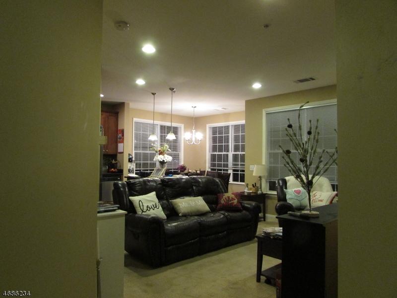 Casa Unifamiliar por un Venta en 2210 RAMAPO COURT Riverdale, Nueva Jersey 07457 Estados Unidos