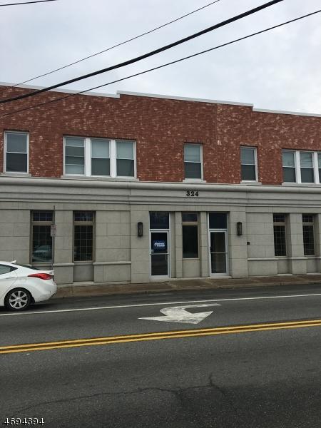 Maison unifamiliale pour l à louer à 324 Ringwood Avenue Pompton Lakes, New Jersey 07442 États-Unis