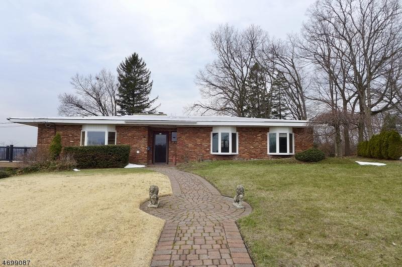 Casa Unifamiliar por un Alquiler en 130 Glover Street Boonton, Nueva Jersey 07005 Estados Unidos