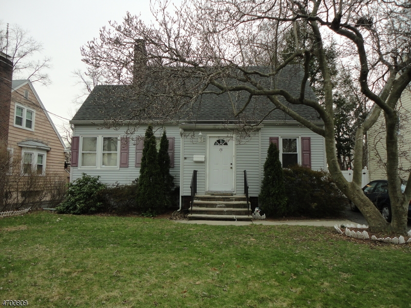 Single Family Home for Sale at 28 Bell Avenue Saddle Brook, New Jersey 07663 United States