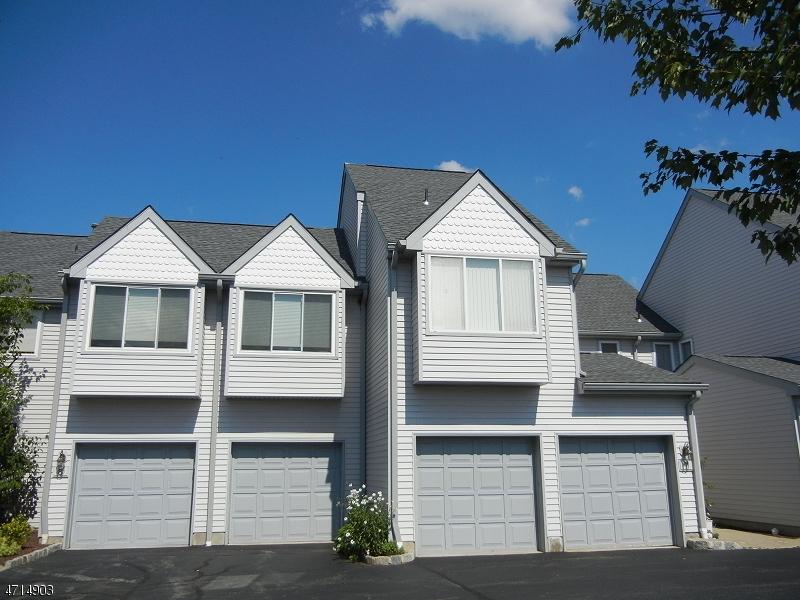 Casa Unifamiliar por un Alquiler en 7 Freedom Court Montville, Nueva Jersey 07045 Estados Unidos