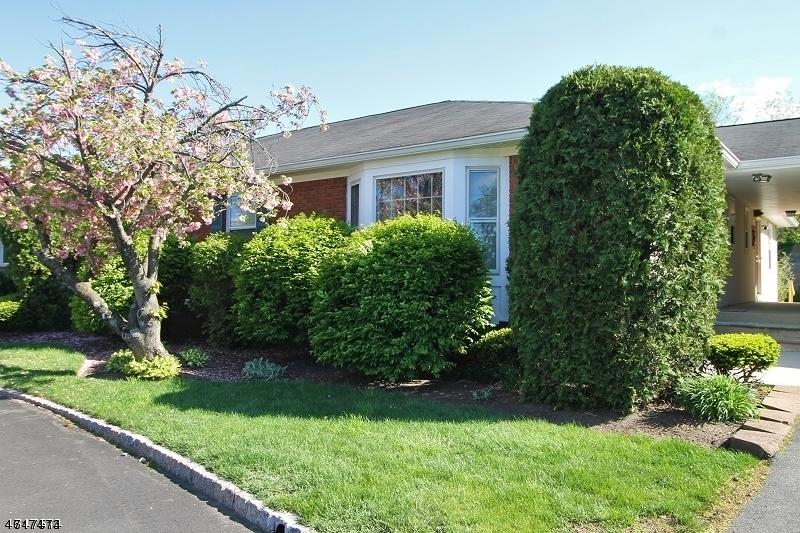 独户住宅 为 出租 在 130 Brandywyne Drive Florham Park, 新泽西州 07932 美国