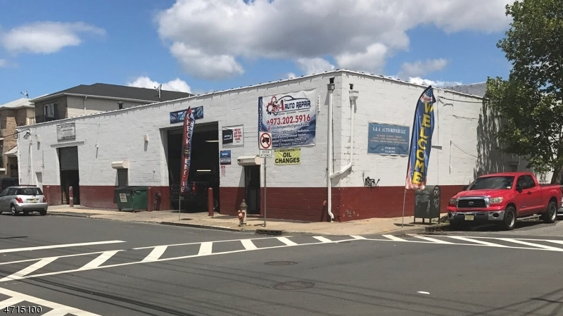 Commercial for Sale at 166-172 Clifford Street Newark, 07105 United States