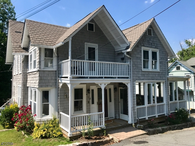 Single Family Home for Sale at 5 Clarke Place Mount Tabor, New Jersey 07878 United States