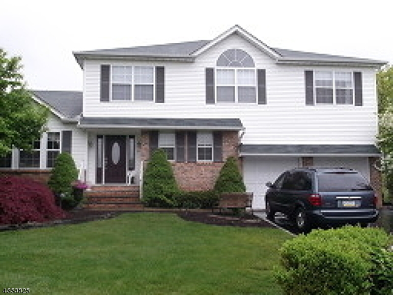 Single Family Home for Rent at 43 Elinora Drive Wanaque, New Jersey 07465 United States