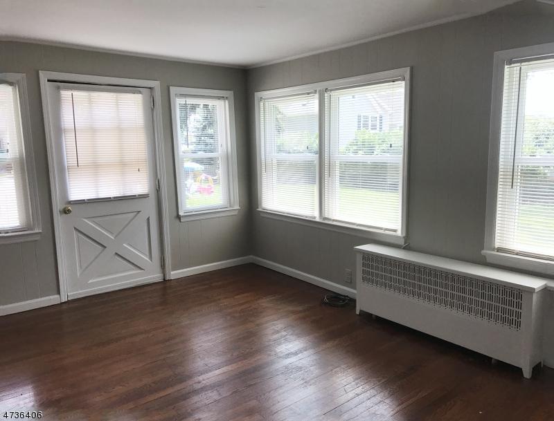 Частный односемейный дом для того Аренда на 111 Hillcrest Road Watchung, Нью-Джерси 07069 Соединенные Штаты