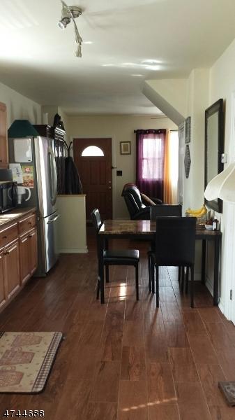 独户住宅 为 出租 在 114 Lincoln Place Garfield, 新泽西州 07026 美国