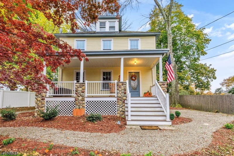 Single Family Home for Sale at 174 Boonton Avenue Butler, New Jersey 07405 United States