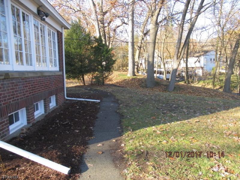 Частный односемейный дом для того Продажа на 479 HOBART Street Haledon, Нью-Джерси 07508 Соединенные Штаты