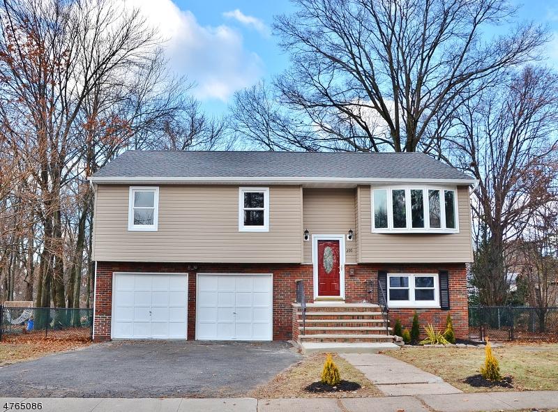 Casa Unifamiliar por un Venta en 200 Vine Street 200 Vine Street Roselle, Nueva Jersey 07203 Estados Unidos