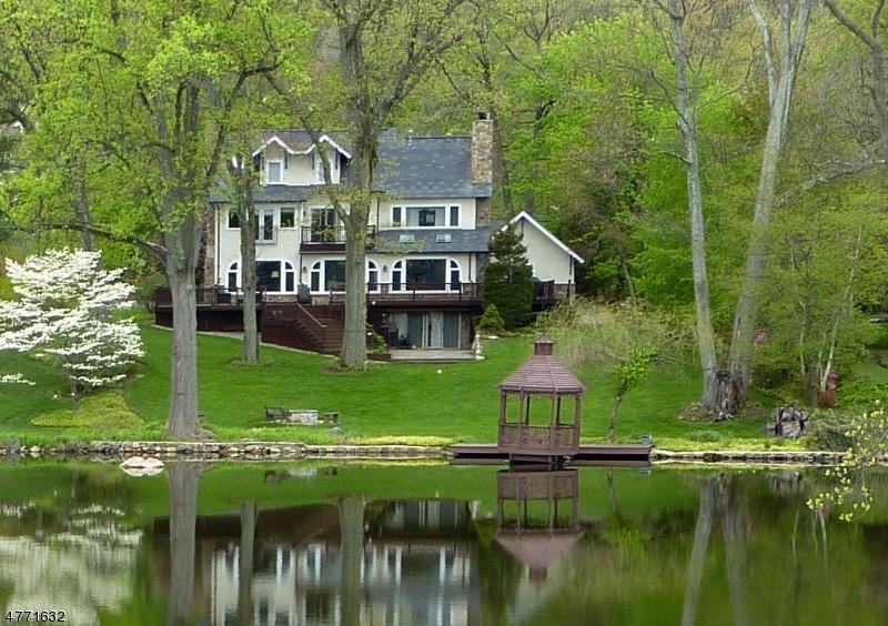 一戸建て のために 売買 アット 9 Briarcliff Road 9 Briarcliff Road Mountain Lakes, ニュージャージー 07046 アメリカ合衆国