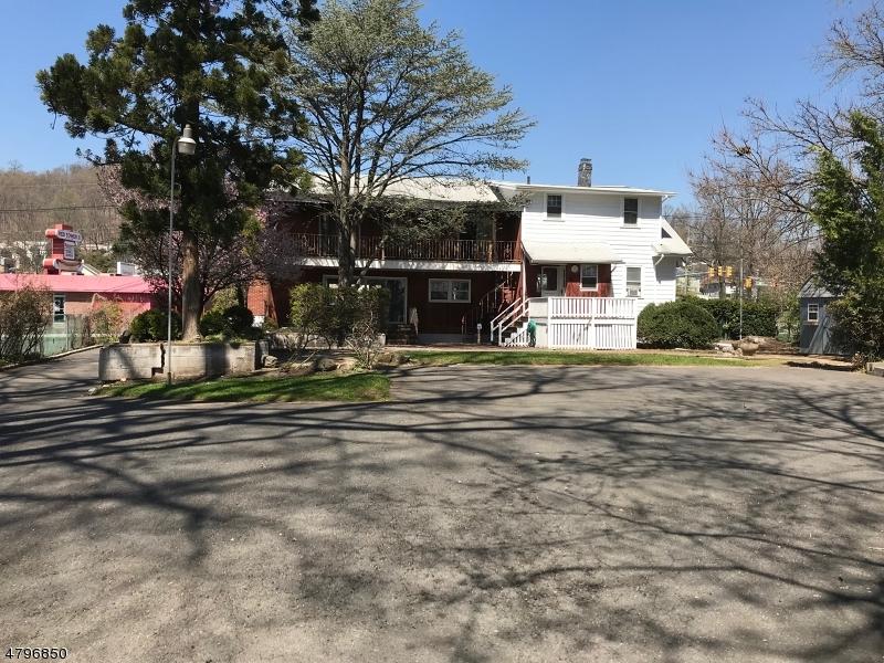 Commerciale per Vendita alle ore 145 CEDAR Street North Plainfield, New Jersey 07060 Stati Uniti