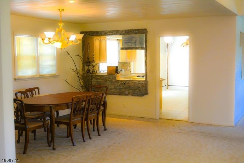 Maison unifamiliale pour l à louer à 5 Sunrise Way Montville, New Jersey 07082 États-Unis