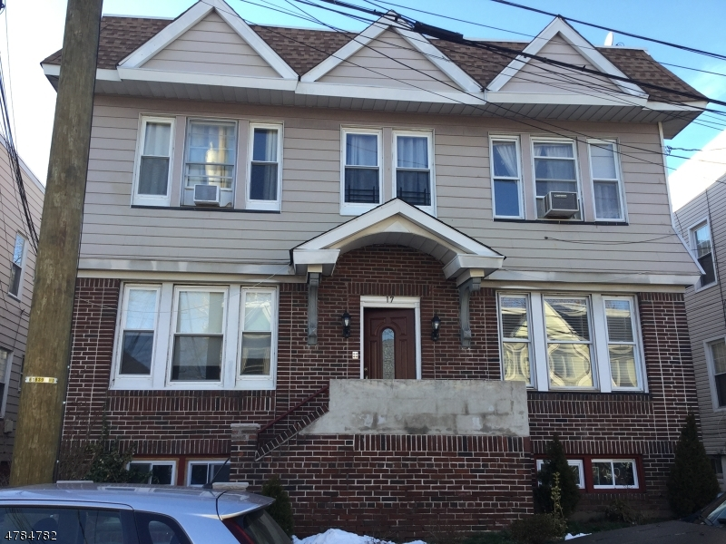 Casa Unifamiliar por un Alquiler en 17 NELSON Place Maplewood, Nueva Jersey 07040 Estados Unidos