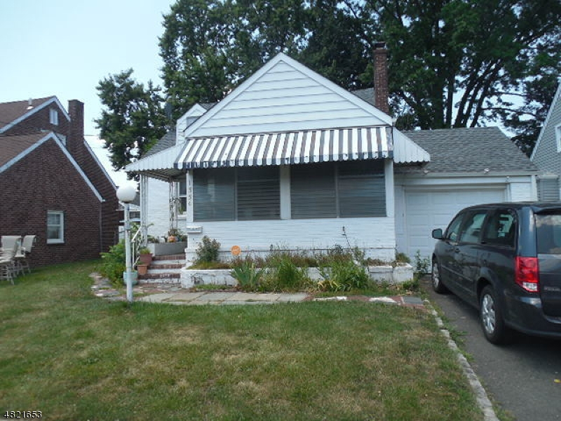 Single Family Home for Sale at 1330 BARBARA Avenue Union, New Jersey 07083 United States