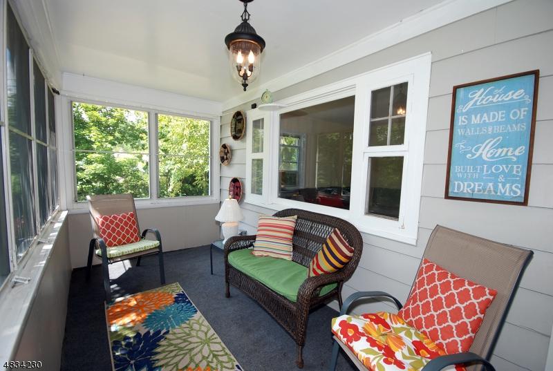 Maison avec plusieurs logements pour l Vente à 389 UNION Avenue Bridgewater, New Jersey 08807 États-Unis