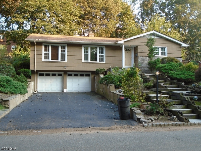 Single Family Home for Sale at 8 WESTBROOK Drive Caldwell, New Jersey 07006 United States