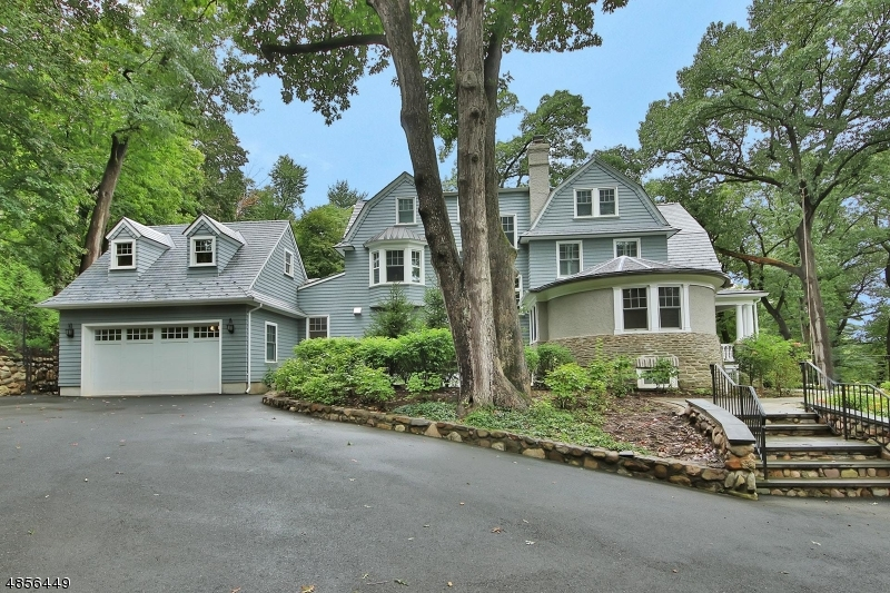 Single Family Home for Rent at 65 HATHAWAY LN 65 HATHAWAY LN Essex Fells, New Jersey 07021 United States