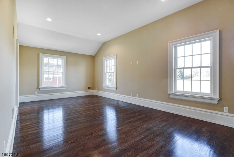 Additional photo for property listing at 30 CHERRY LN Harding Township, New Jersey 07960 United States