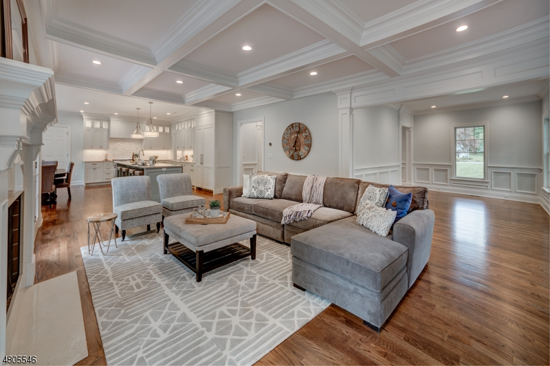 Einfamilienhaus für Mieten beim 21 MAPLE Street Chatham, New Jersey 07928 Vereinigte Staaten