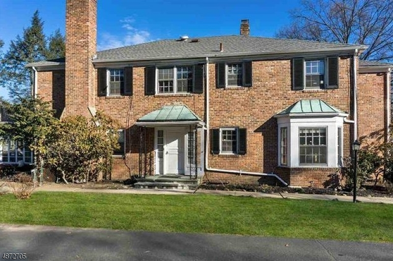 Single Family Home for Sale at 505 BERKELEY Avenue Orange, New Jersey 07050 United States