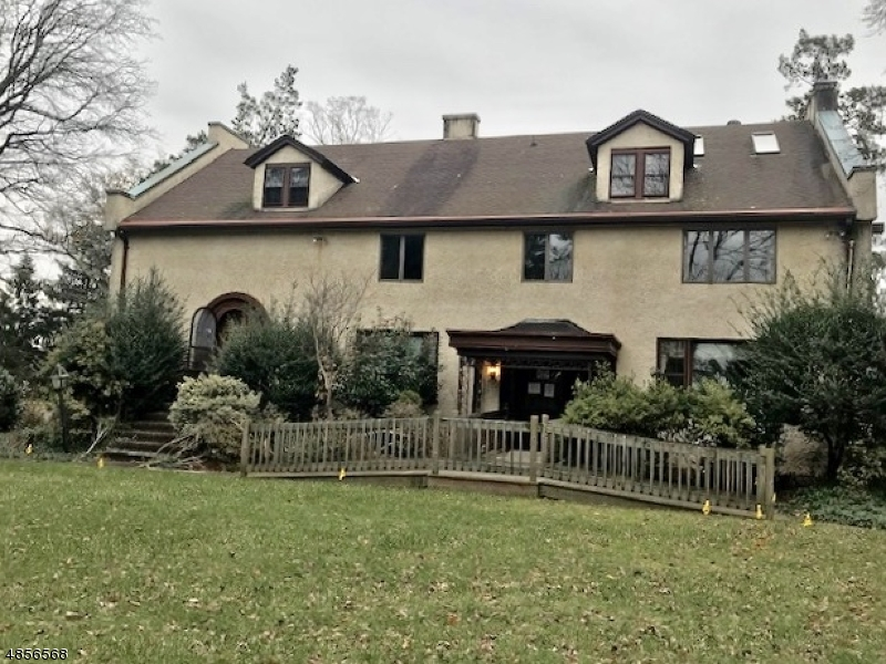 Single Family Home for Sale at 600 SHERWOOD PKY Mountainside, New Jersey 07092 United States